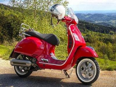 Bergamo in Vespa: Moscato hills and Iseo Lake