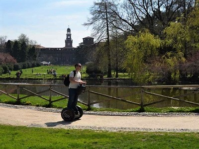 Segway in Milan and Vespa in Pavia